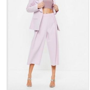 Wide leg Lilac ankle length pants.